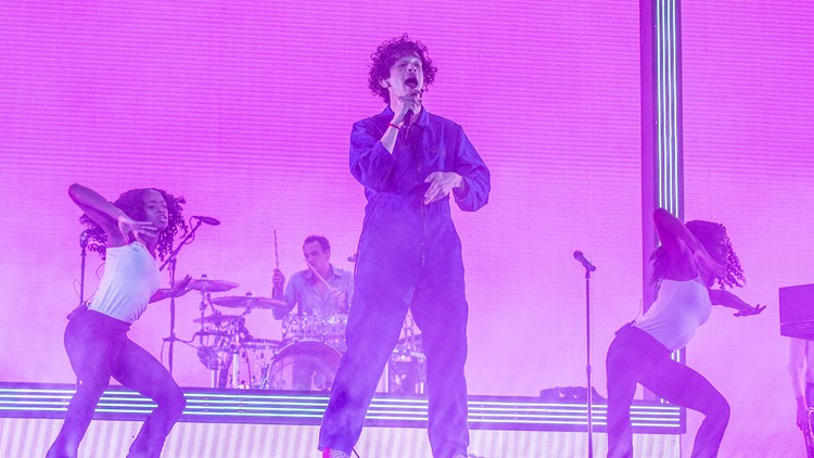 Matthew Healy of The 1975 performs at the Coachella