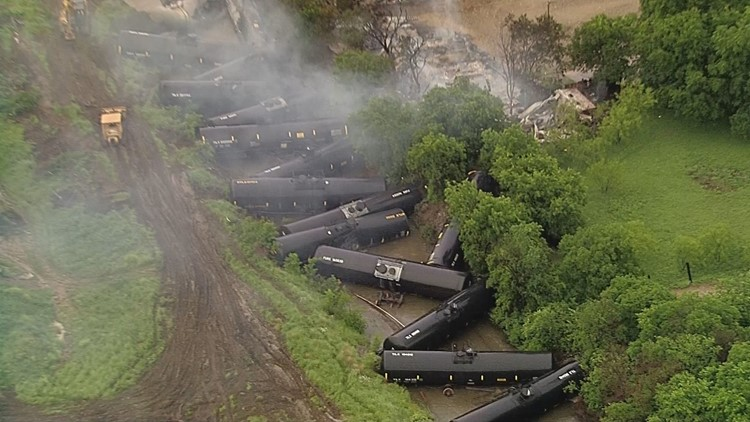 Fumes from train derailment cause evacuations in south Fort Worth