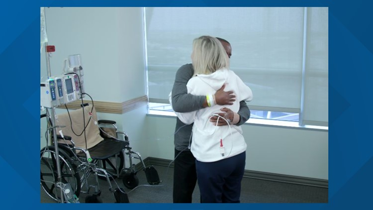 Kidney Donor and recipient embrace