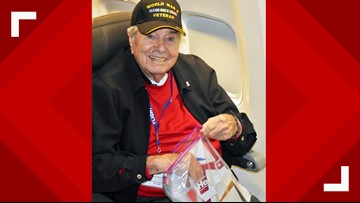 95-Year-Old WWII Vet Dies On Plane On Way Home After 'Honor Flight' Trip