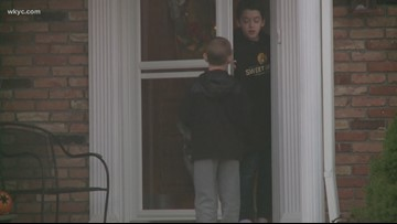 Putting kids to the test: Will they answer the door for strangers when they're alone?