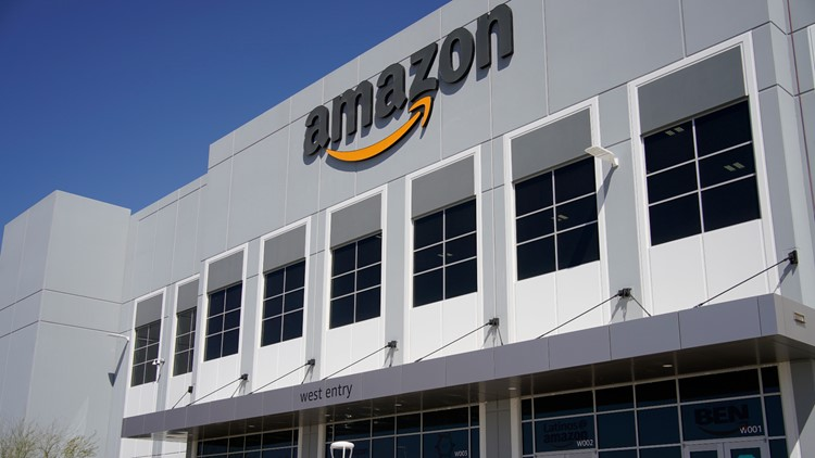 Amazon to pay hourly workers' college tuition
