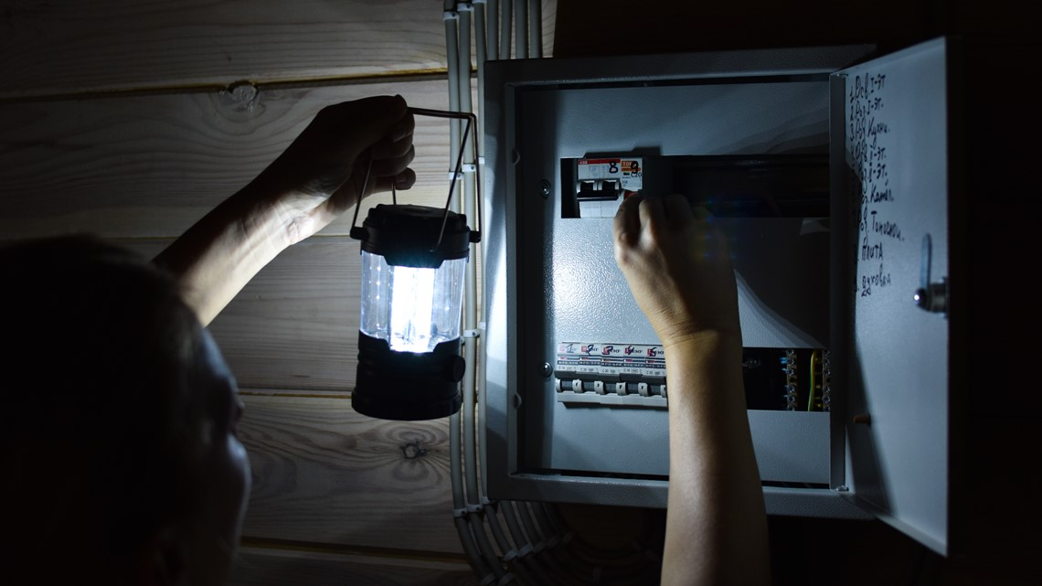 How to prepare for, stay safe when the power goes out during a storm