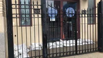 Photo of sandbags surrounding New Orleans sewage office riles citizens after city doesn't give them out